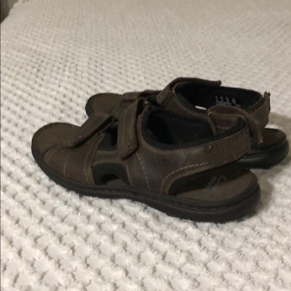 dbbf9528a92d1 Clarks Shoes | Nwt Men Sandal | Poshmark